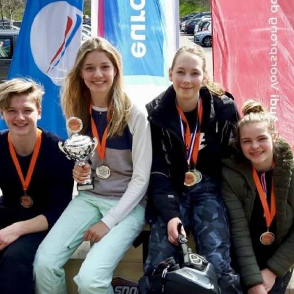 BSG 1e en 2e op NK Snowboarden voor scholieren!