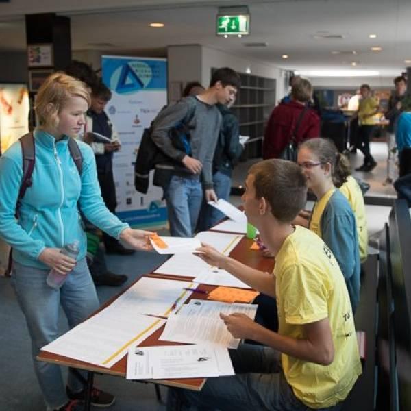 BSG-leerlingen door naar 2e ronde Wiskunde Olympiade