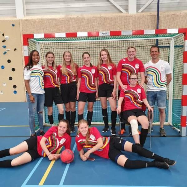 BSG Nederlands kampioen schoolvoetbal meiden!